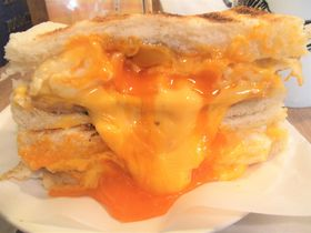 卵とチーズがどろ〜り注意!台北「カオ司院」で台湾朝ごはん