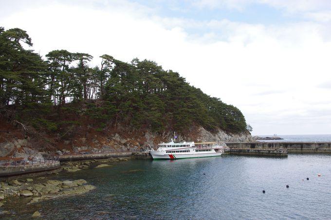 海の恵みと寄り添いながら、その脅威に対する教訓も伝える遊覧船