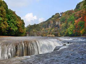 群馬県・名瀑「吹割の滝」と見どころ満載の吹割渓谷遊歩道|群馬県|トラベルjp<たびねす>