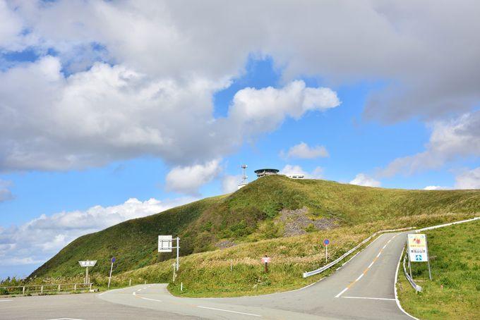 大潟村干拓地を一望できる寒風山