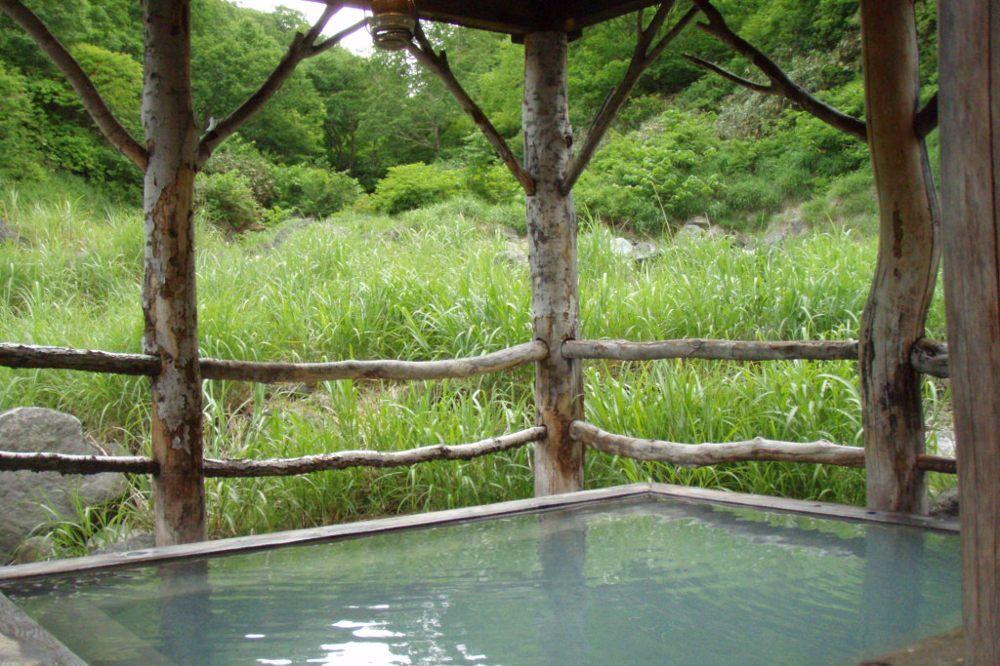 単純硫黄泉の混浴風呂