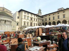町全体がアンティーク市!?イタリアで最古&最大の「アレッツォのアンティーク市」