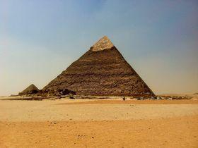 オラオラオラ!エジプトで「ジョジョ立ち」を決めるスポット4選