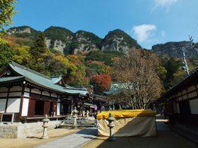 まるで水墨画!高松市の本格山岳行場「五剣山」