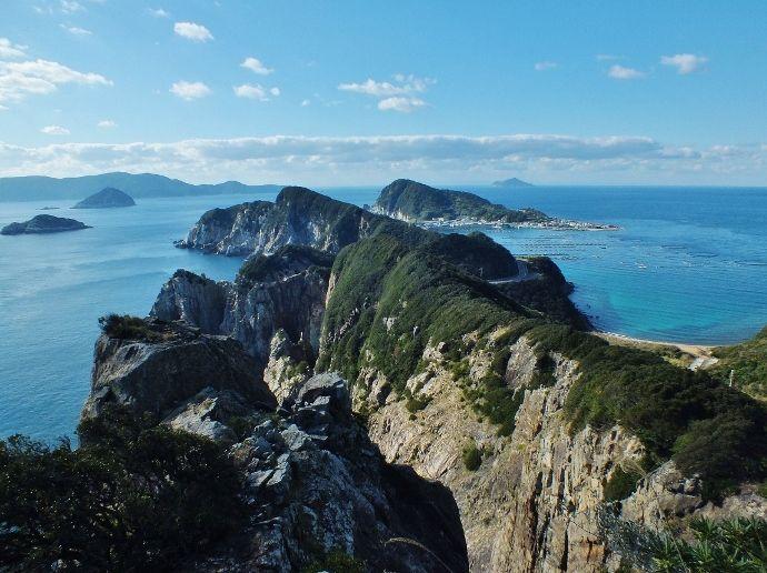 恐竜の背の如き大海崖~高知・柏島と大堂海岸の美しい海~