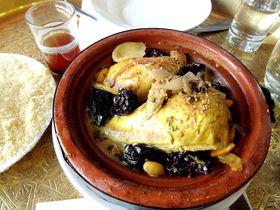 パリ・モスクのサロン・ド・テで人気のミントティーやタジン鍋を!