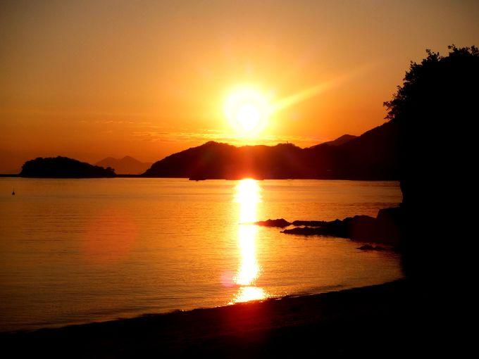 夕陽百選にも選ばれた、神々しい夕陽を眺めよう!