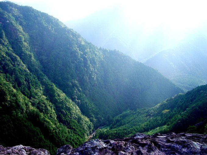 大絶壁の頂上から見渡す、大丹倉からの絶景!
