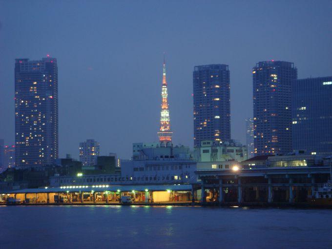 東京のはずせないグルメスポット「築地」のスシを食べに行こう、そして夜の東京散歩へ
