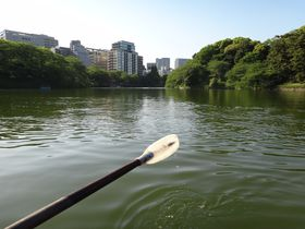 大人の東京デートをしよう~皇居お濠沿い散策~|東京都|トラベルjp<たびねす>