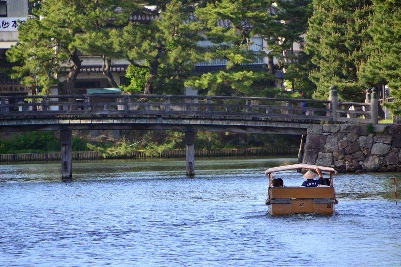 運航20周年!「堀川めぐり遊覧船」で松江城下の懐かしい風情を堪能