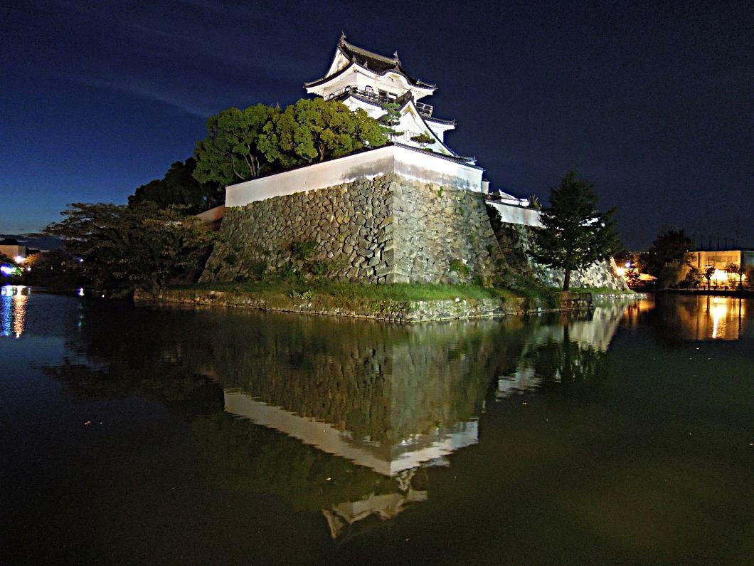 岸和田城のライトアップを楽しもう