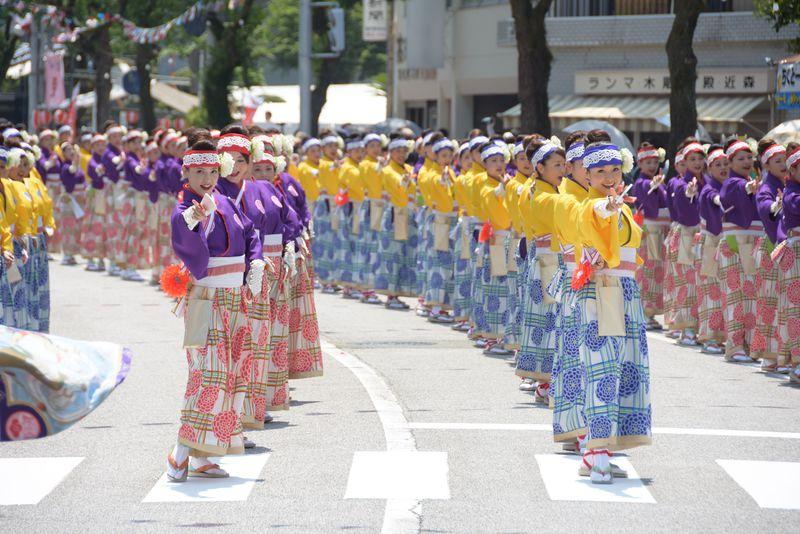 元踊り子が解説!高知よさこい祭りなら「ほにや」よさこい見ないとそんそんっ!