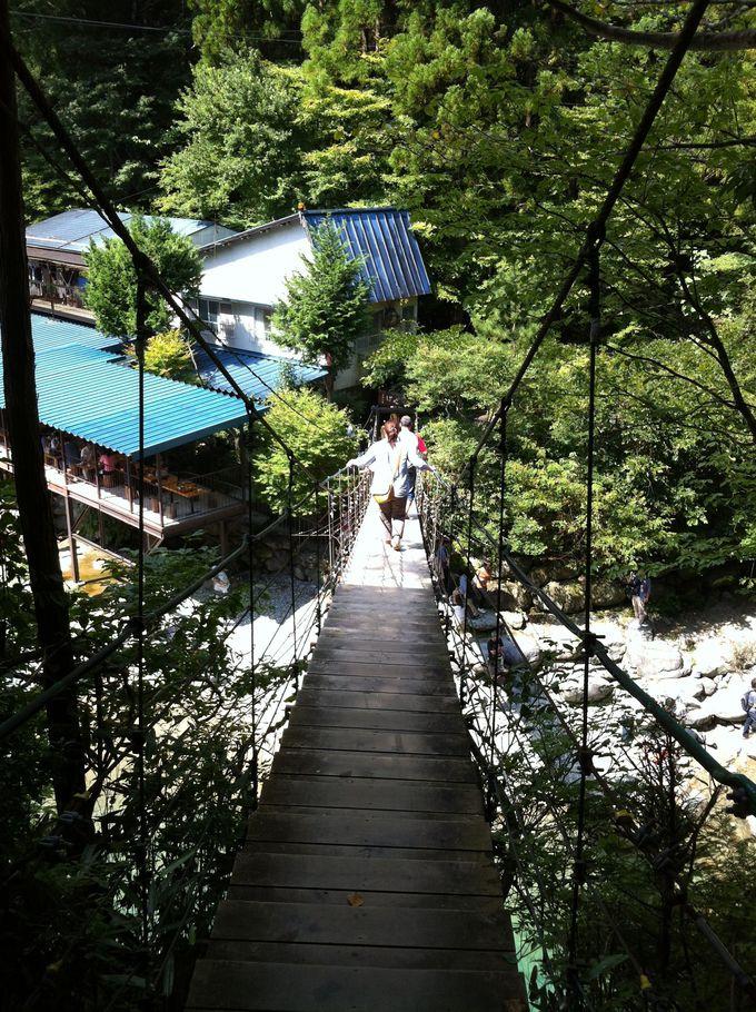 マイナスイオン大放出!山奥に潜むエメラルドブルーの楽園「付知峡」(岐阜県)