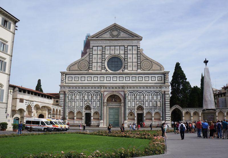 フィレンツェ、サンタマリアノヴェッラ教会でルネサンスの栄華に浸る