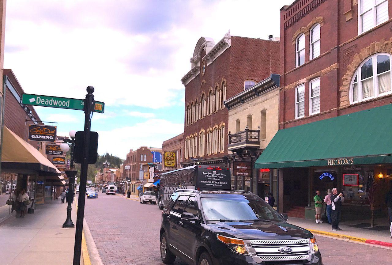 こってりウエスタンなデッドウッドの街とウォールドラッグ