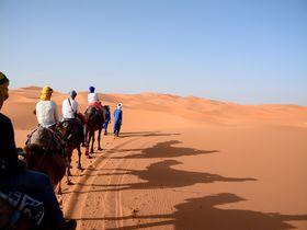 サハラ砂漠の街・メルズーガで大砂漠の中のキャンプに泊まる!