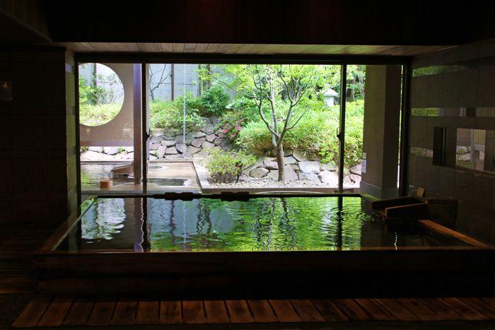 「入浴指南」で正しい温泉の入り方を学ぶ