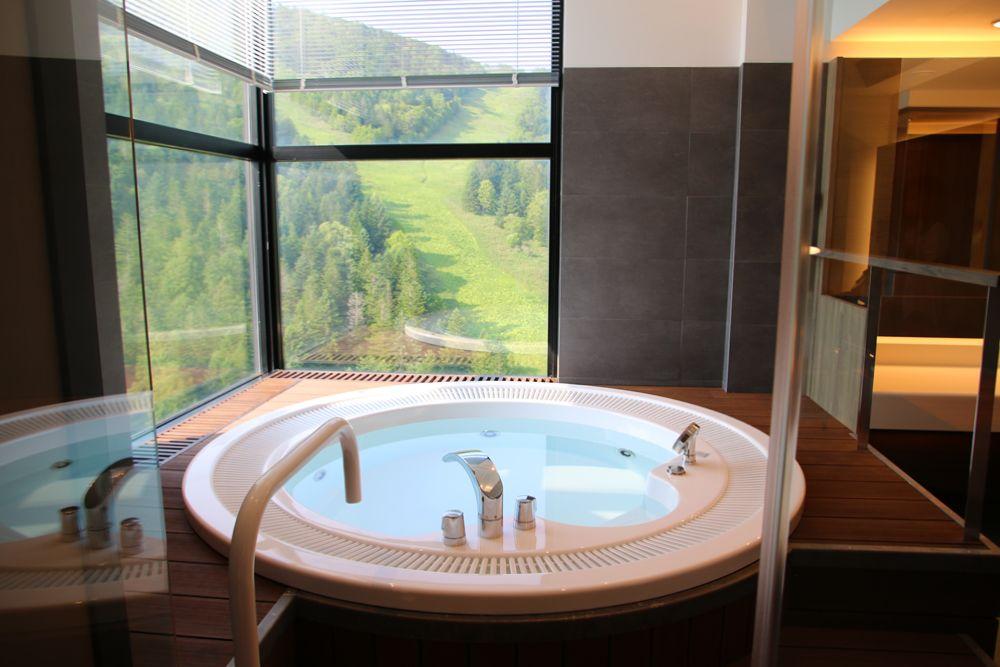 新スイートルームが誕生。星野リゾート トマムでワンランク上の北海道旅行を