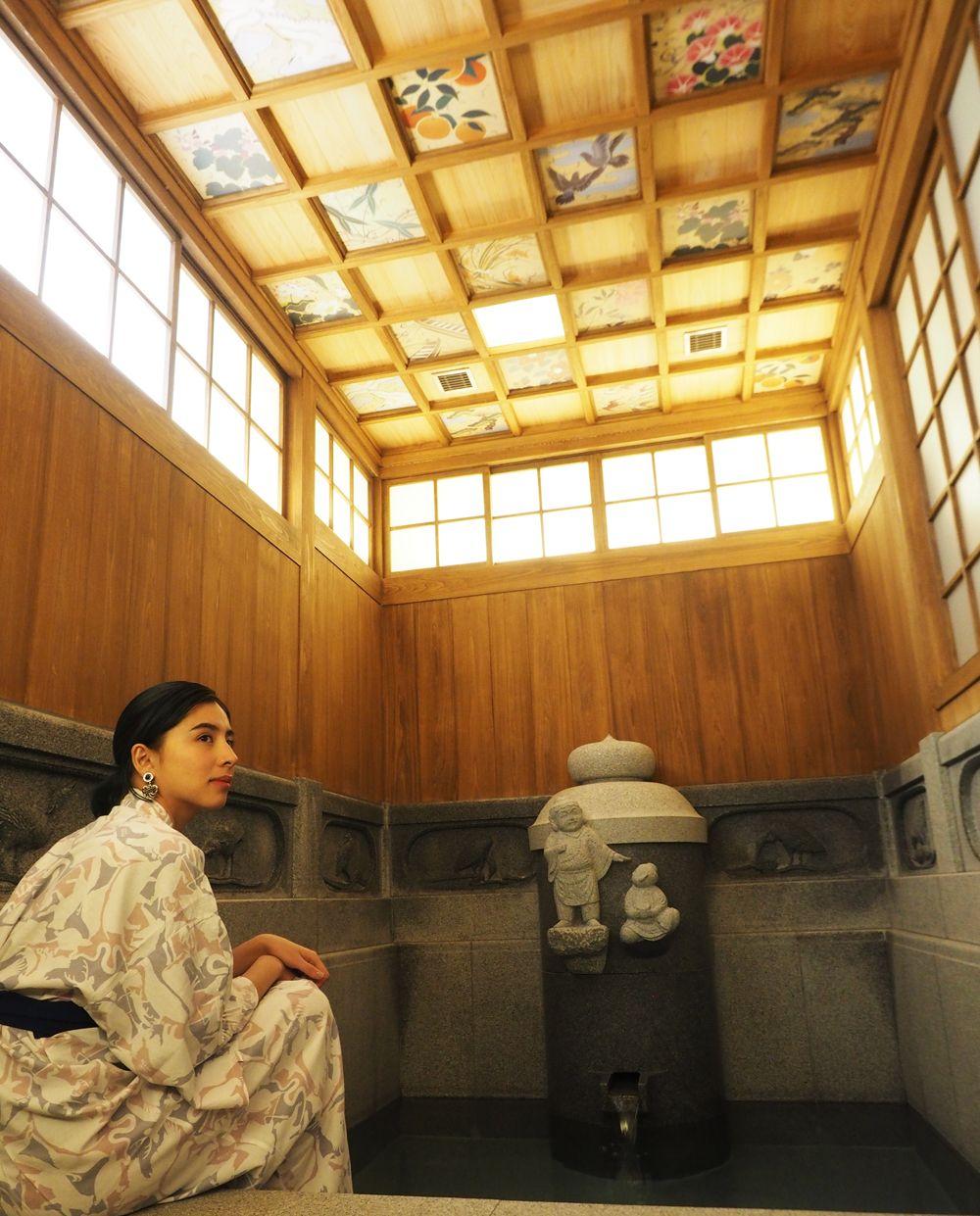 「道後温泉別館 飛鳥乃湯泉」でほっこり癒される