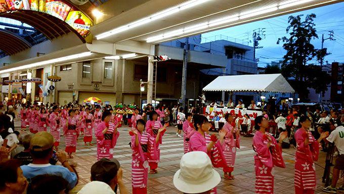 祭りを彩る なつかしい踊りと現代の踊り