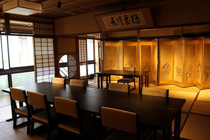 まるで美術館!京都の老舗ならではのエピソードも