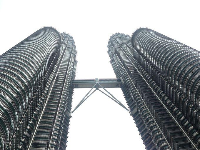 見所満載!世界一高い「ペトロナスツインタワー」