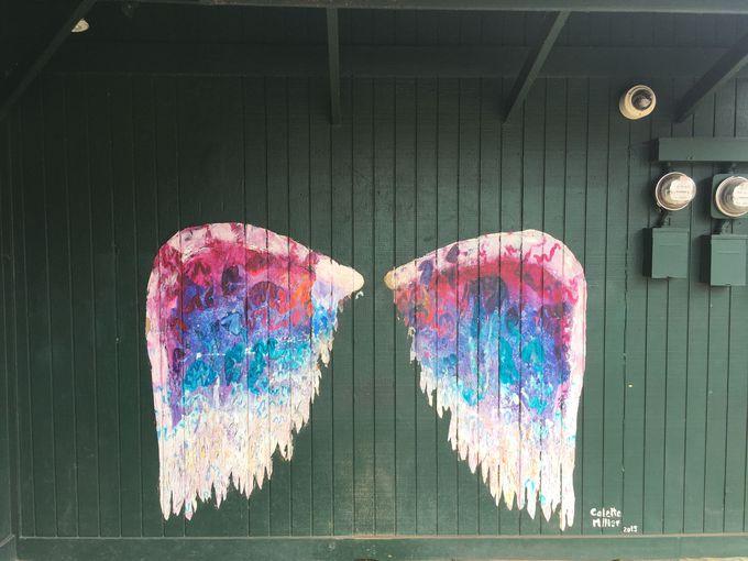 お約束はやっぱり天使の羽、「ハレイワウィングス」!