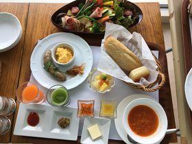 明石海峡大橋が目の前!「ホテルセトレ神戸・舞子」で新鮮野菜の朝食を