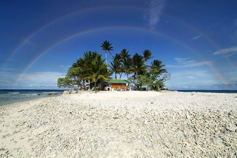 ミクロネシアに浮かぶ地図にも載らない極小の島・ジープ島