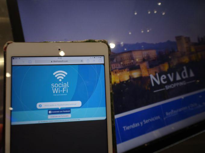 「Free Wi-Fi」を利用するための設定方法