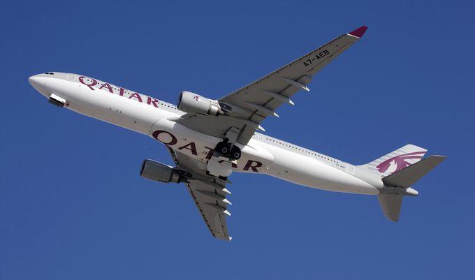 関西空港からもドーハへの直行便あり!カタール航空のエアバスA330