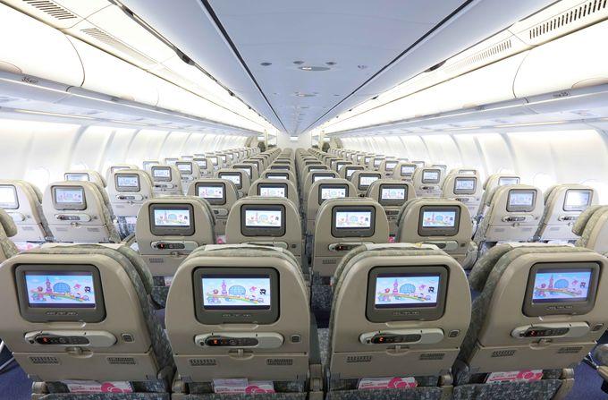 ビジネスクラスなど、退屈しない機内サービス