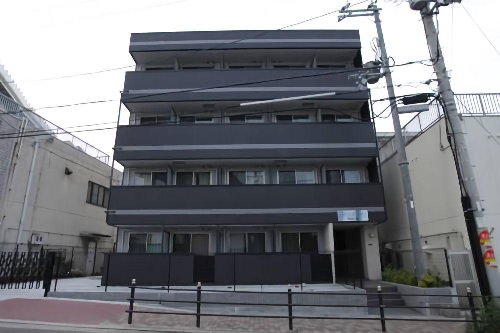 2.隣駅「桜島駅」のアパートに泊まる