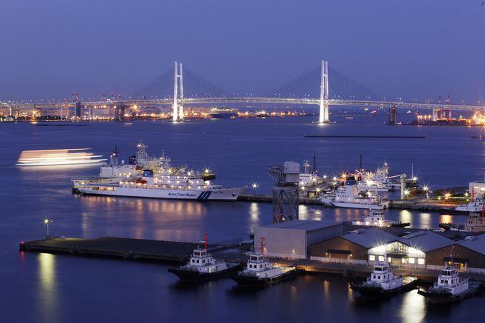 横浜港の夜景を間近で見られる「ヨコハマ グランド インターコンチネンタル ホテル」