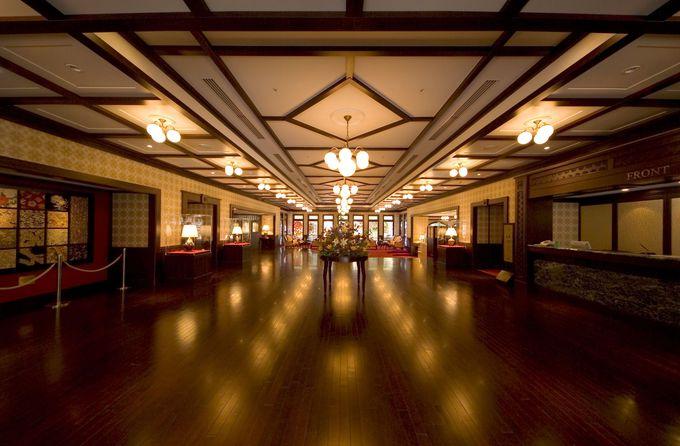 情緒あふれる食事と温泉を楽しめる「金沢白鳥路 ホテル山楽」