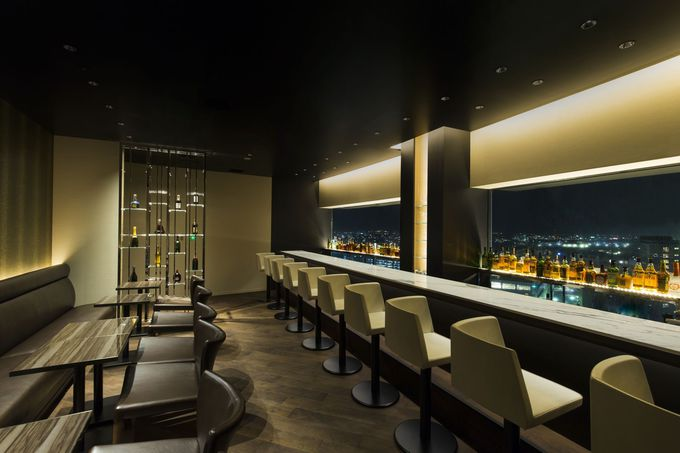 絶景の夜景を見ながら、銘酒やカクテルを楽しめる「ANAクラウンプラザホテル金沢」