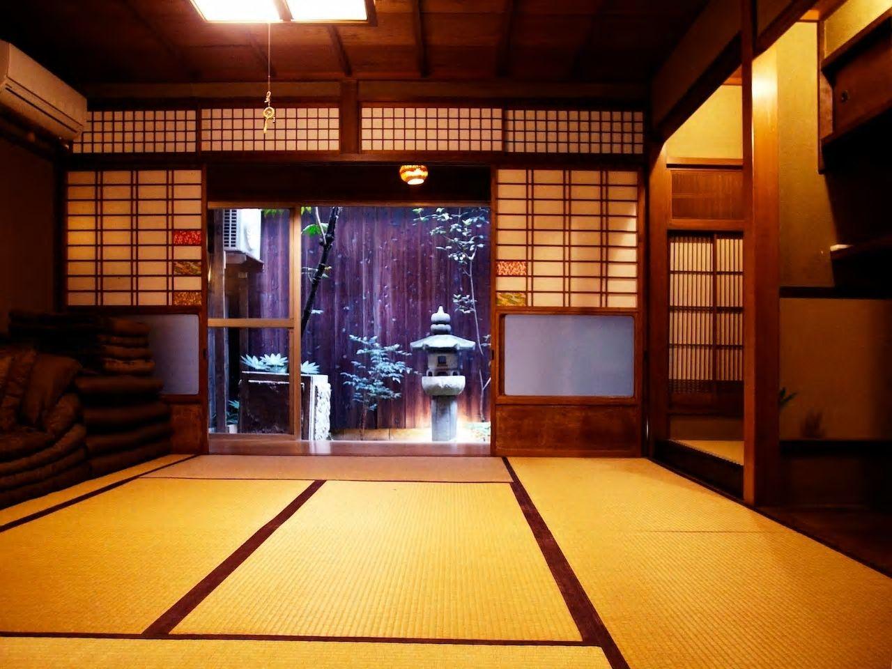 坪庭の眺めが素敵な京町家/京都市